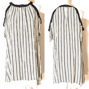 As u wish top/dress, Sz Large, open shoulders